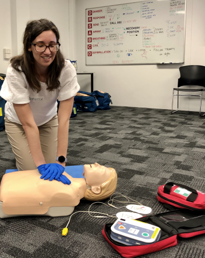Rebecca Conti completing her First Aid training with St John WA.